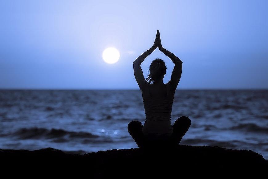 Положительное влияние медитаций и молитв
